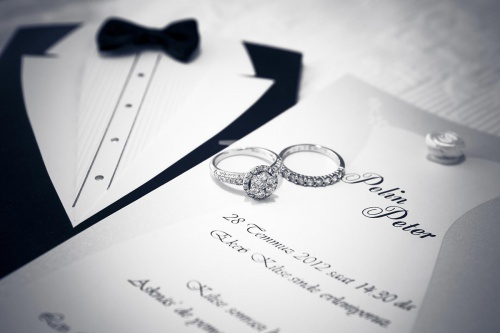 Pelin & Peter Wedding Ring & Invitation